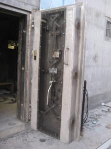 blast door see thru