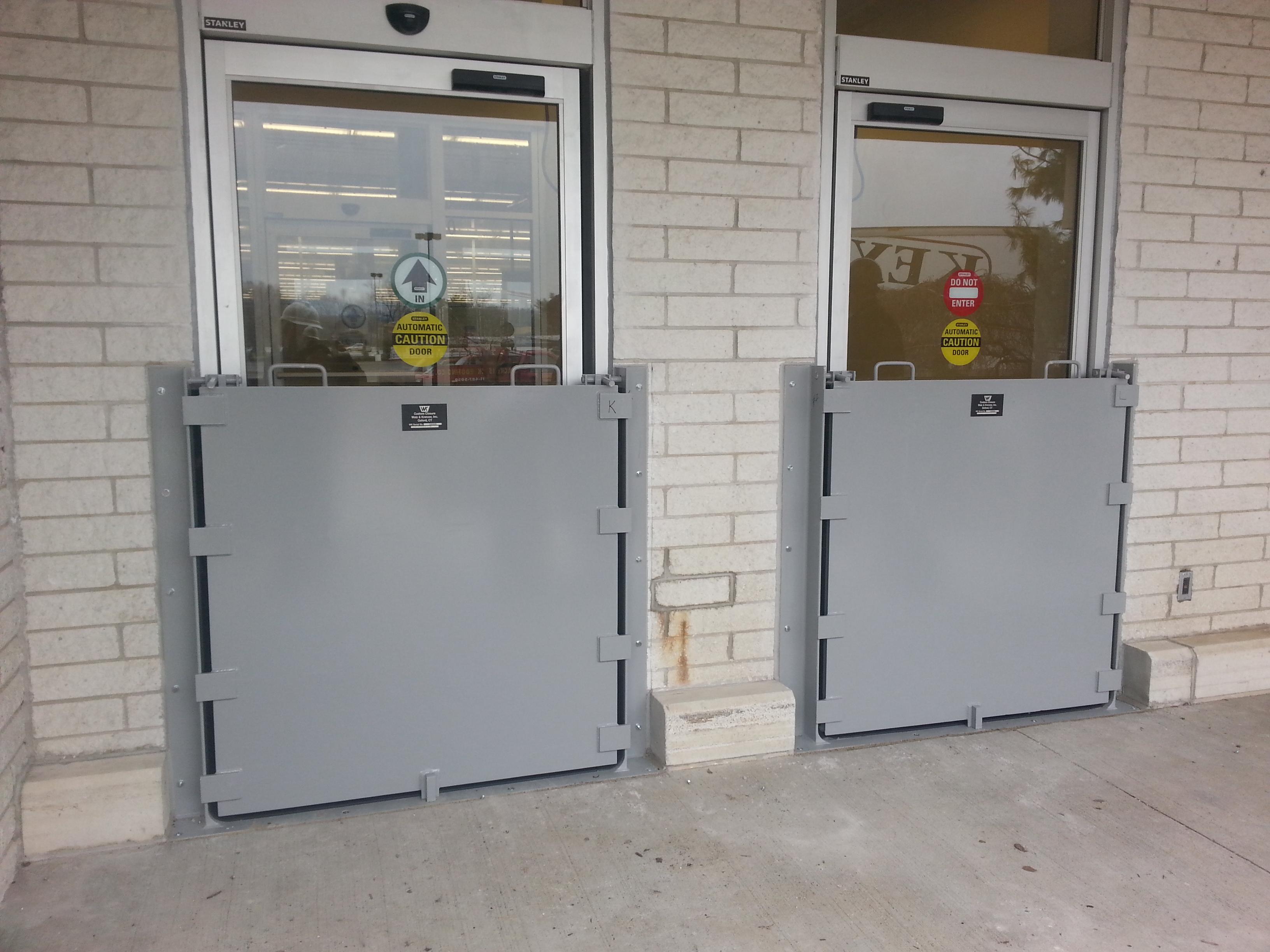 Door barrier automatic
