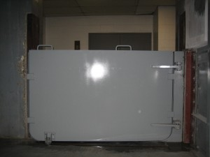front inflat gate